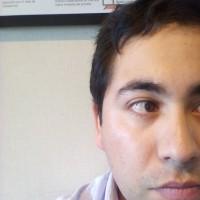 Arturo Urbano, autor del poema'NUBE GRIS''