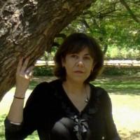 Elisa Golott, autor del poema'TRAZOS''