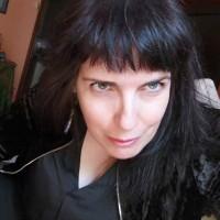Marisa Béjar, autor del poema'Apoteósicamente bella.''
