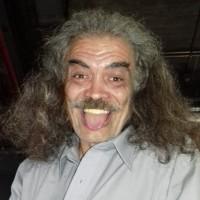 Antonio Martínez, autor del poema'ARTISTAS DE LETRAS''