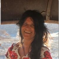 dedal de oro, autor del poema'SOMOS UNO''