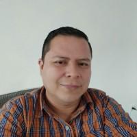 josé Iván Beteta Moreira, autor del poema'Ich liebe dich!''