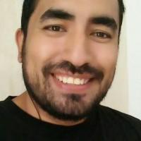 carlos Manuel, autor del poema'HUIR NO CAMBIA NADA''