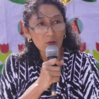 Teresa González, autor del poema'LLAMADO ''