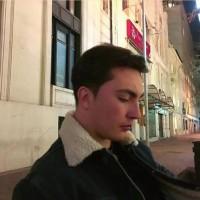 Anakronovic, autor del poema'Solo es una fase''