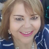Lilia Molina Fernandez, autor del poema'