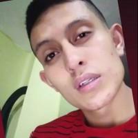 Fernando ML, autor del poema'¡QUIEREN DECIRTE!''