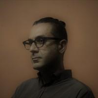 Nektarios Bessis, autor del poema'Una ciudad llena de emociones''