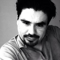 Alvaro Narvaez, autor del poema'Olor''