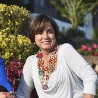 Yolanda Rojas, autor del poema'FAMILIA... QUIÉN MUEVE LOS HILOS?''
