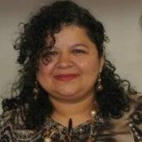 Patricia Grain, autor del poema'Vaticinio''