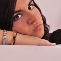 Noesa, autor del poema'SIN CONTROL''