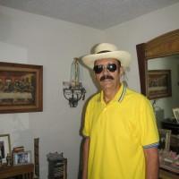 eUGENIO PEREZ PEREZ, autor del poema'Bala de cañón''