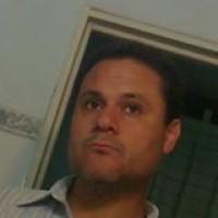 Mrks, autor del poema'Agua mansa y brava''