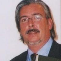 ANTONIO MARTINEZ DE UBEDA, autor del poema'VERSOS ANTIMALTRATO''