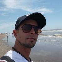 Gabriel N, autor del poema'Danza del arbol mentolado''